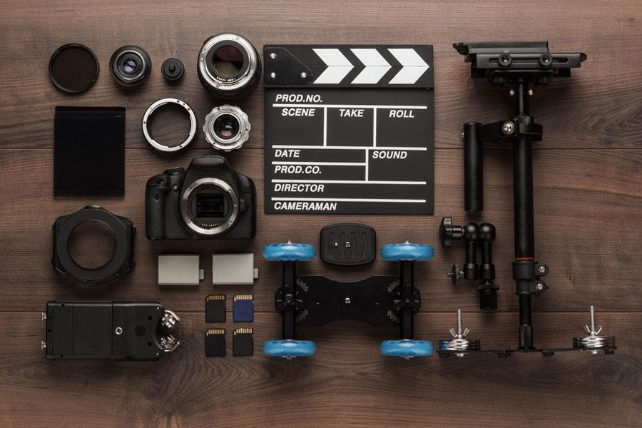 المعدات الضرورية لإنشاء قناة يوتيوب ناجحة